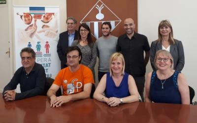 Els responsables de les escoles d'idiomes i Berlanga  han presentat avui la nova convocatòria/ Karen Madrid