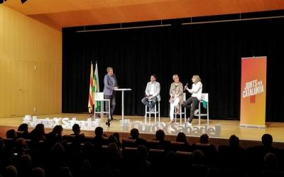 Castells, Ciuró i Artadi a l'escenari de l'auditori de l'Espai Cultura | Junts X Catalunya
