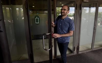 Serracant entrant als jutjats de Sabadell | Roger Benet