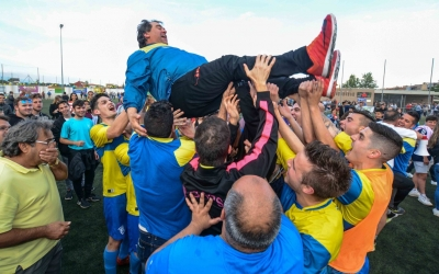 Els jugadors del Sabadell Nord mantegen l'entrenador, Quico Díaz | Roger Benet
