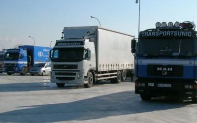 Aparcament de camions a Castellar del Vallès | Arxiu