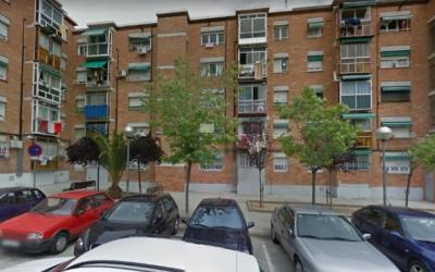 Exterior del bloc de pisos on van passar els fets, a Ca n'Oriac
