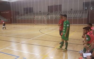Álex Llamas, amb la samarreta d'Osasuna Magna, a punt d'entrar a la pista | Arxiu RS