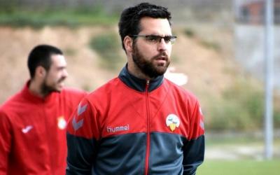 Àngel Codina dirigint l'equip a Olímpia contra el Cerdanyola | Críspulo Díaz