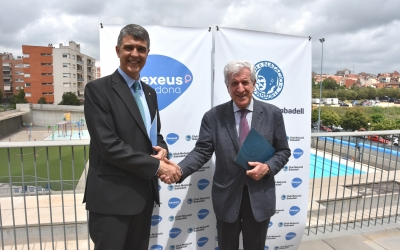 Signatura del conveni de patrocini entre el president Claudi Martí i el Doctor Pedro N. Barri | CNS