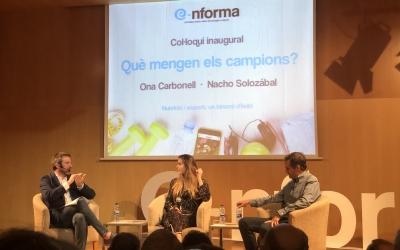 Ona Carbonell i Nacho Solozábal amb Sergi Garcés durant l'acte de dijous | Nutre Salud