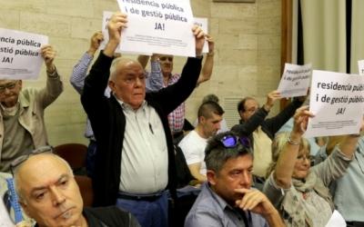 Els membres de la plataforma s'han manifestat al ple en nombroses ocasions/ Arxiu