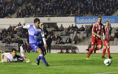 Gato i 'Migue' rivals al 2013-2014 en un Sabadell - Girona