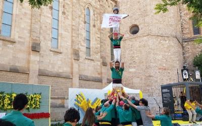Els Saballuts fent un pilar pels presos polítics | Castellers de Sabadell