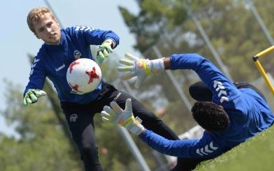 Roberto i Romans són, un any més, els porters arlequinats | Roger Benet