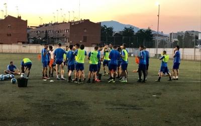 Últim entrenament del Sabadell Nord ahir a Ca n'Oriac abans de visitar avui el Prat | Adrián Arroyo