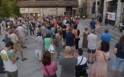 Concentració davant l'Ajuntament | Roger Benet