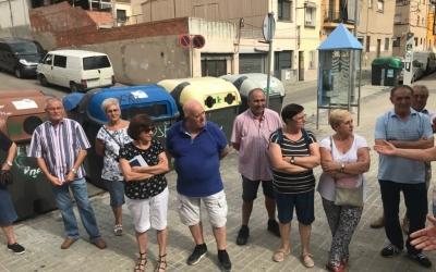 Els veïns afectats pels talls elèctrics han donat a conèixer la seva situació als representants polítics/ Cedida