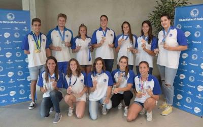 Els esportistes del Club presents en l'acte d'homenatge | Roger Benet