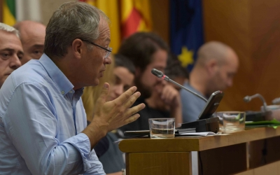 Carles Rossinyol, portaveu de CIU, ha defensat el seu canvi de postura a l'inici del debat/ Roger Benet