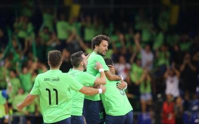 Pepe Font celebra el primer gol de l'Escola Pia | Federació Catalana de Futbol