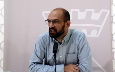Maties Serracant ha informat de la situació del contracte del servei de neteja dels equipaments municipals/ Karen Madrid