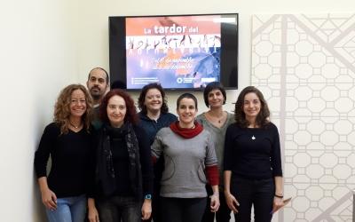 Una representació d'entitats i la regidora Glòria Rubio han presentat avui la Tardor del Voluntariat/ Karen Madrid