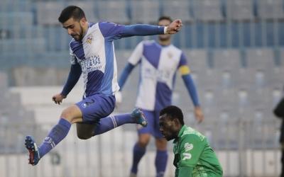 Agus Medina enfrontant-se al Cornellà en la seva etapa com a arlequinat | Pedro Salado
