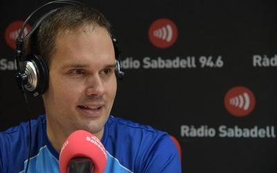 Jordi Morales a l'estudi de Ràdio Sabadell | Roger Benet