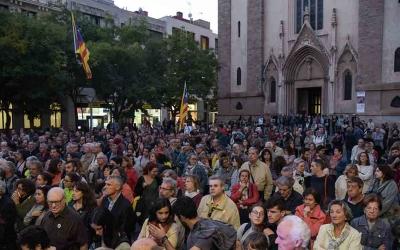 Imatge dels concentrats a la plaça de Sant Roc | Roger Benet