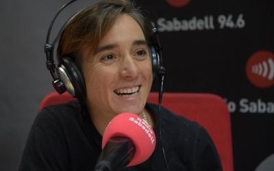 Sandra Santanyes als estudis de Ràdio Sabadell | Roger Benet