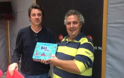 Joan Reixach i Carles Rodrigo als estudis de Ràdio Sabadell | Helena Molist