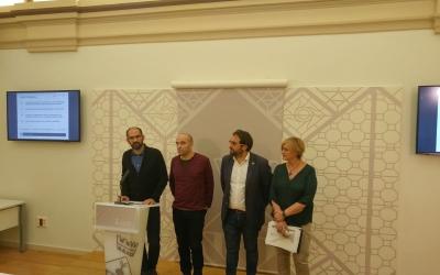 Maties Serracant presentant els pressupostos amb els tinents d'alcalde, Joan Berlandga, Juli Fernàndez i Marisol Martínez | Pere Gallifa