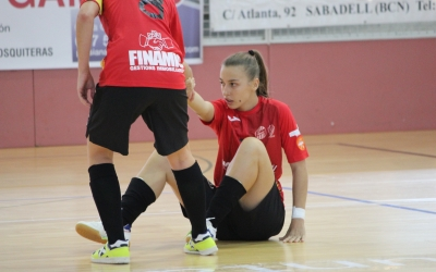 Les jugadores de Paco Arjona necessiten aixecar-se per començar a sumar | Pau Vituri