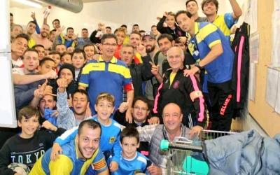 El Sabadell Nord espera repetir demà a Sant Cugat la seva tradicional foto de celebració de la victòria al seu vestidor | Sabadell Nord