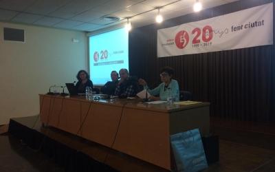 GuillermoLusa, ArturoDomingo i Maria Dolors Calvet durant l'acte de celebració dels 20 anys de l'Entesa | Helena Molist