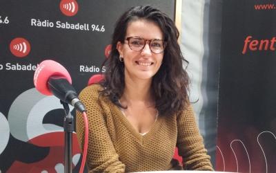 Aina Turu als estudis de Ràdio Sabadell | Pau Duran