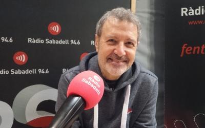 Toni Xuclà als estudis de Ràdio Sabadell | Pau Duran