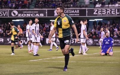 Adri Cuevas celebra el seu gol contra el Castellón | Crispulo D.