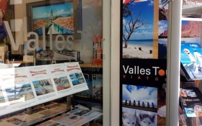 Aparador d'una agència de viatges/ Arxiu Ràdio Sabadell
