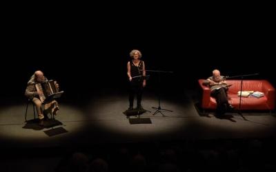Alavedra, Massip i Formosa a l'escenari de l'Estruch | Roger Benet