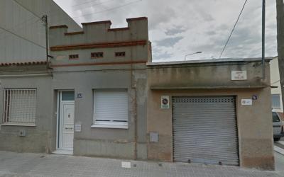 Façana del domicili ocupat fins divendres | Google Maps