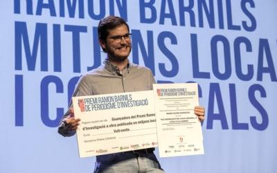 PJ Armengou recollint el Premi Ramon Barnils | ACN