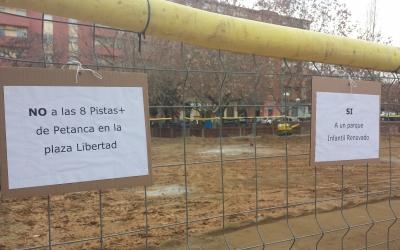 Aquesta és la zona en obres a la plaça davant l'escola   Pau Duran