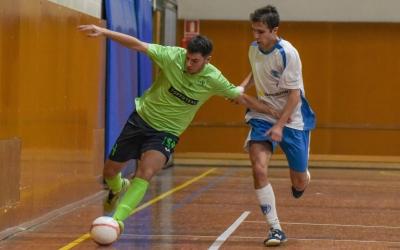 Oriol Comadran jugador de l'Escola Pia | Roger Benet