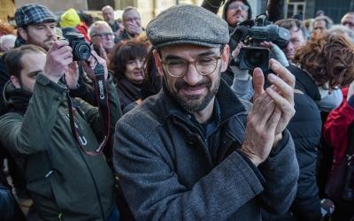 Serracant, abans d'entrar als jutjats/ Roger Benet