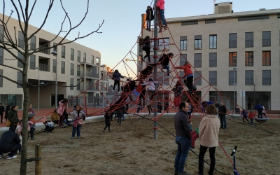 Imatge de la nova zona de la plaça Dolors Miralles | Sergi Garcés