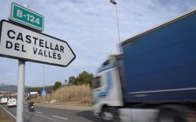 La B124 és una de les carreteres més transitades de la comarca | Roger Benet