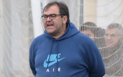 Quico Díaz, entrenador del Sabadell Nord, a la banqueta de Ca n'Oriac | Roger Benet