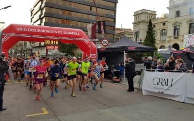 Sortida de la Mitja marató del 2018 | Arxiu RS