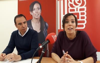Marta Farrés i Carlos Corcuera, en roda de premsa/ Karen Madrid