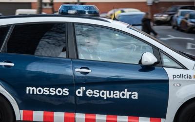 Unitat dels Mossos d'Esquadra sortint dels Jutjats de Sabadell | Roger Benet