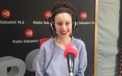 Paula Valls als estudis de Ràdio Sabadell | Pau Duran