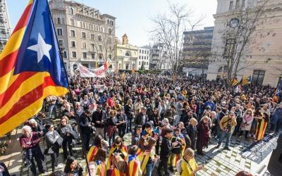 La manifestació ha acabat al Racó del Campanar/ Roger Benet