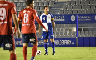 Migue vestint el braçalet de capità en un dels partits d'aquesta temporada a casa | Críspulo Díaz